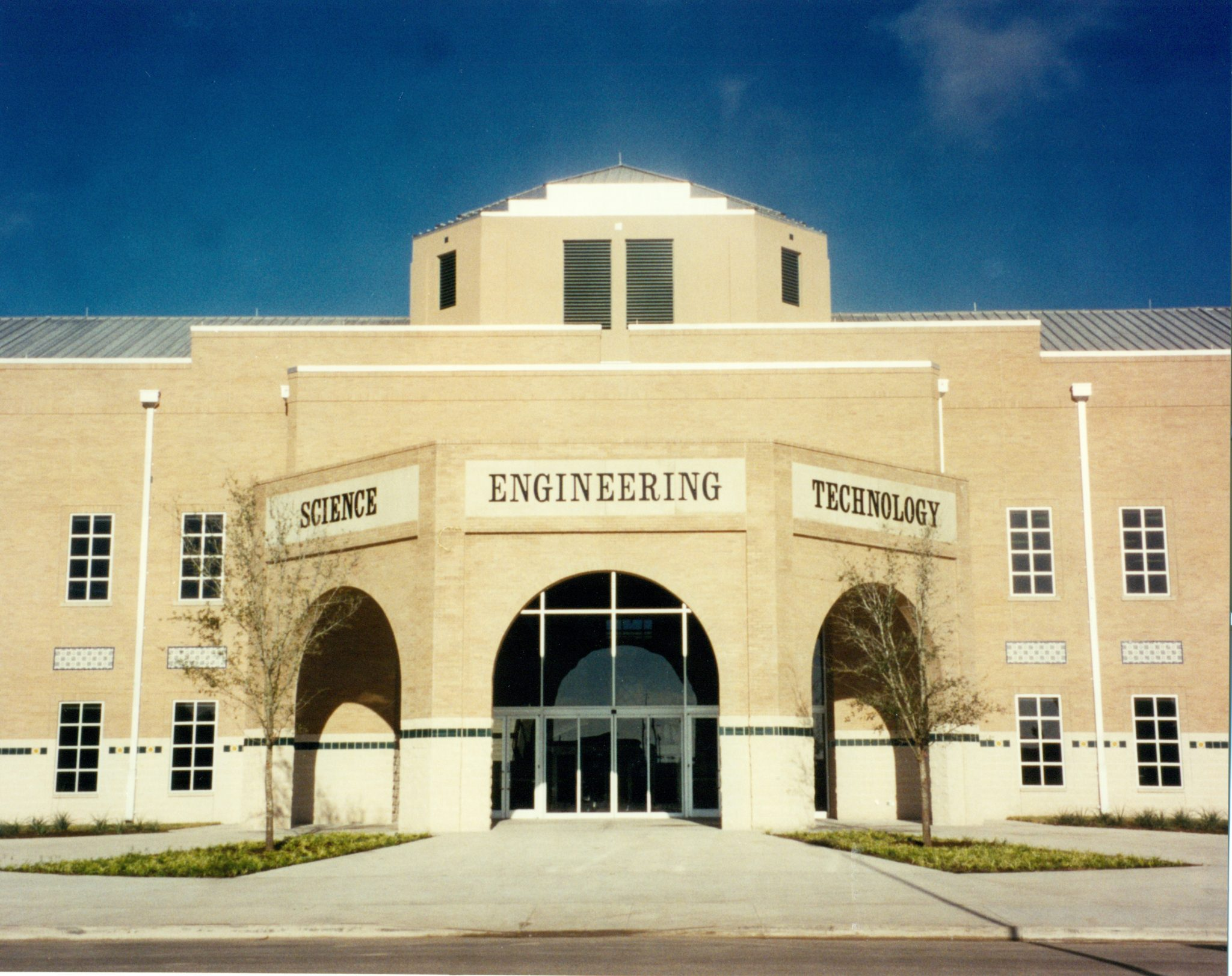 UT Science & Engineering Building, Brownsville, TX